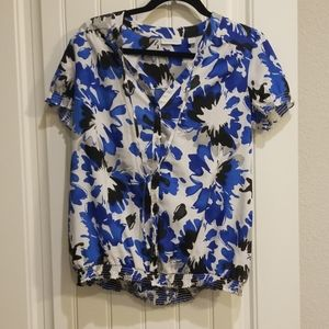 Blue floral top- Can wear during pregnancy!!